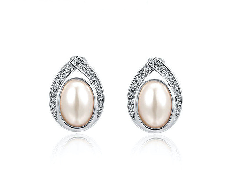 Platinum Plated Annie Earrings with Simulated Diamond