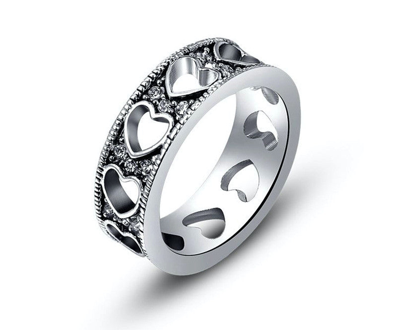 Platinum Plated Daisy Ring with Simulated Diamond