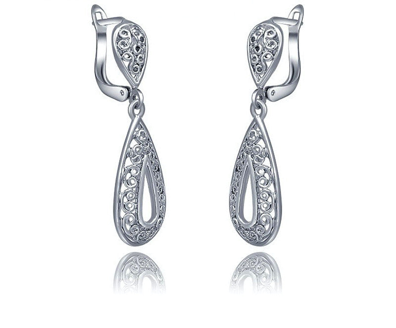 Platinum Plated Gabriella Earrings with Simulated Diamond