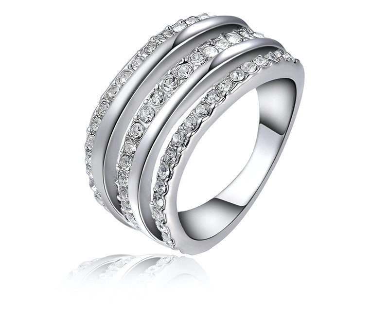 Platinum Plated Gwendolyn Ring with Simulated Diamond