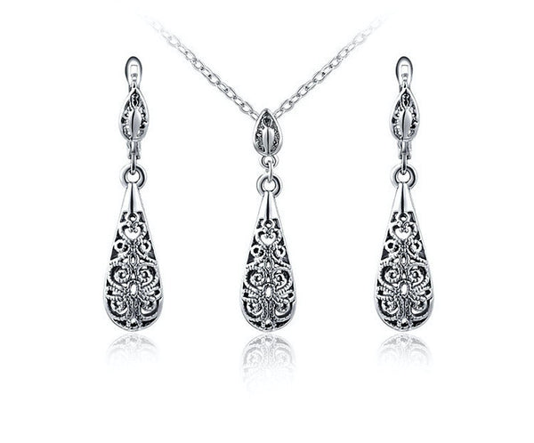 Platinum Plated Hailey Necklace and Earrings Set with Simulated Diamond