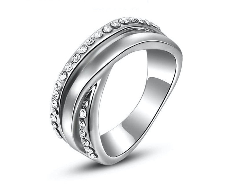 Platinum Plated Kennedy Ring with Simulated Diamond