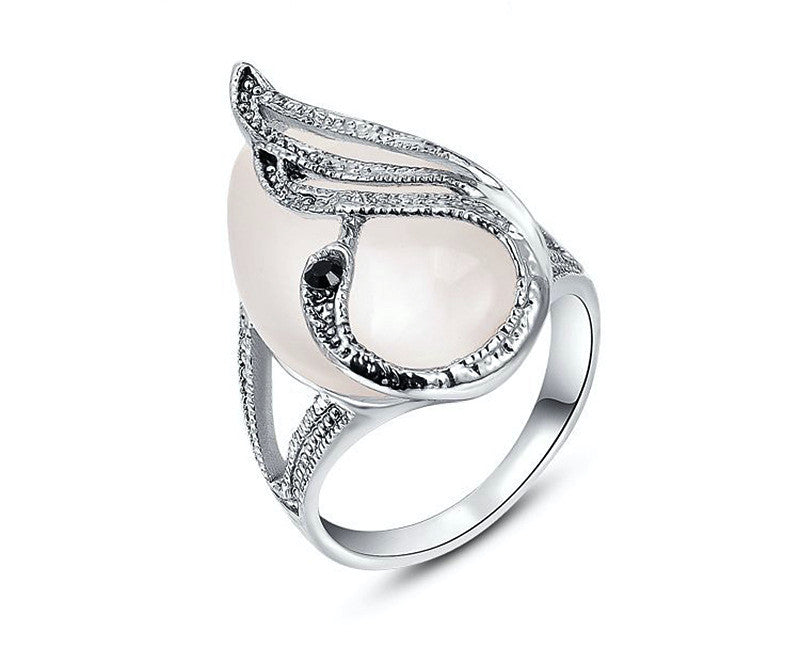 Platinum Plated Mariana Ring with Simulated Diamond
