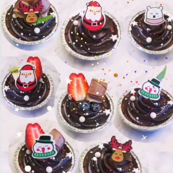 Christmas Cupcakes with fruit and Chocolate