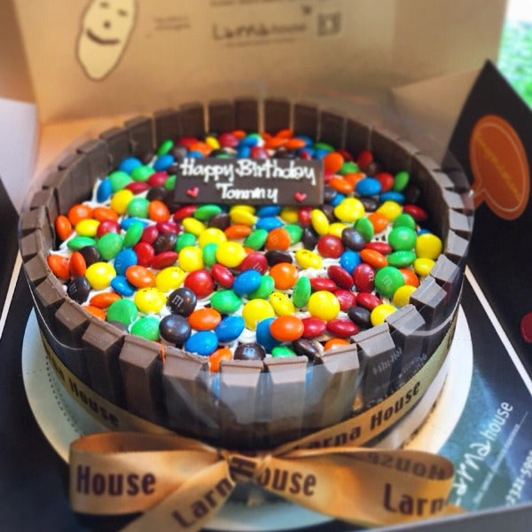M&M candies decorate on cake