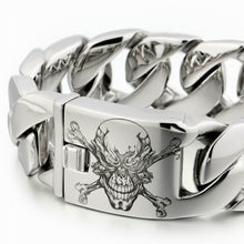 Engraved 316L Stainless Steel Pirate Skull