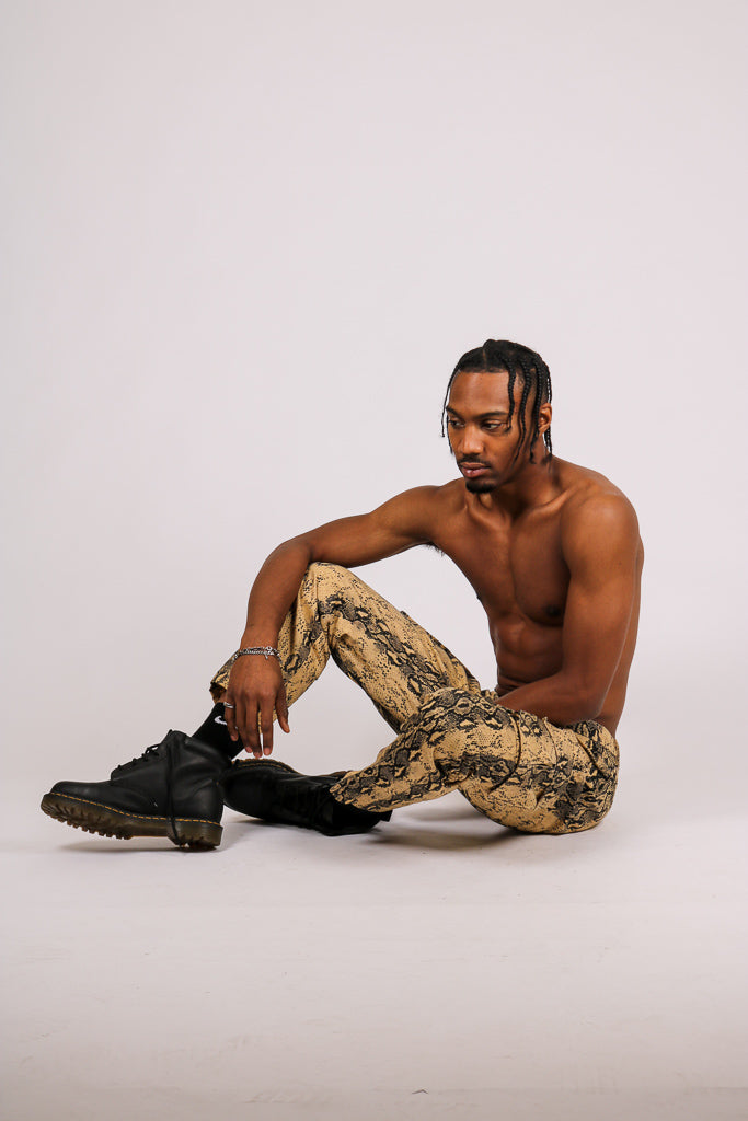 Let Your Outfit Do The Talking 'Sand Snake Cargo Pants'