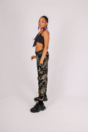 Be Sa$$ With All That A$$ - 'Relaxed Cargo Trousers In Dragon Jacquard With Chain'