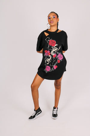 For Your Daytime Thing 'T-shirt Dress With Grunge Snake Graphic'