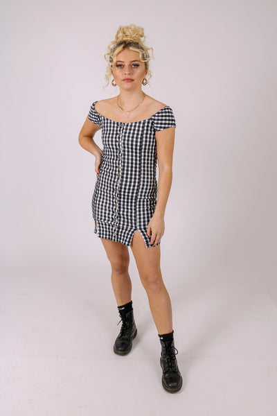 Add-To-Bag Potential: Considerable 'Gingham Print Denim Dress'