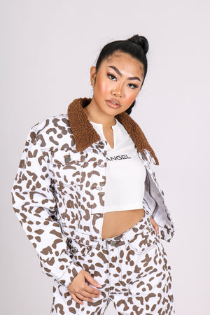 Big Vibes, Bold Looks 'Cow Printed Trucker Borg Collar Cropped Jacket'