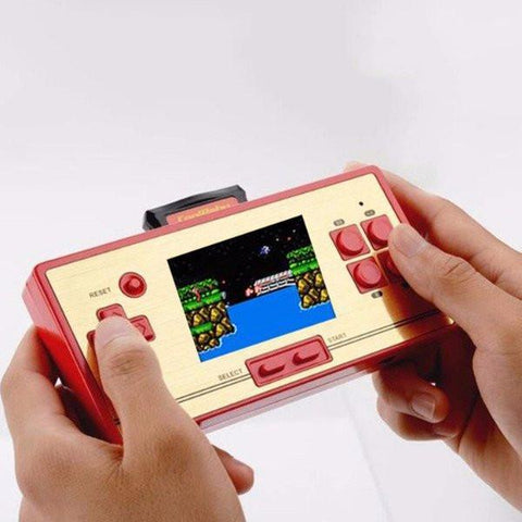 Classic Retro Handheld 600 Games Console (FREE Extra Controller)