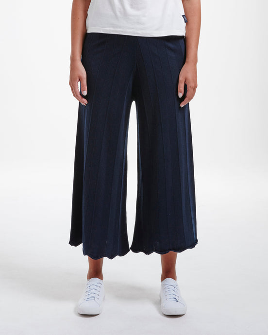 Holebrook Sweden Elizabeth Culotte Trousers