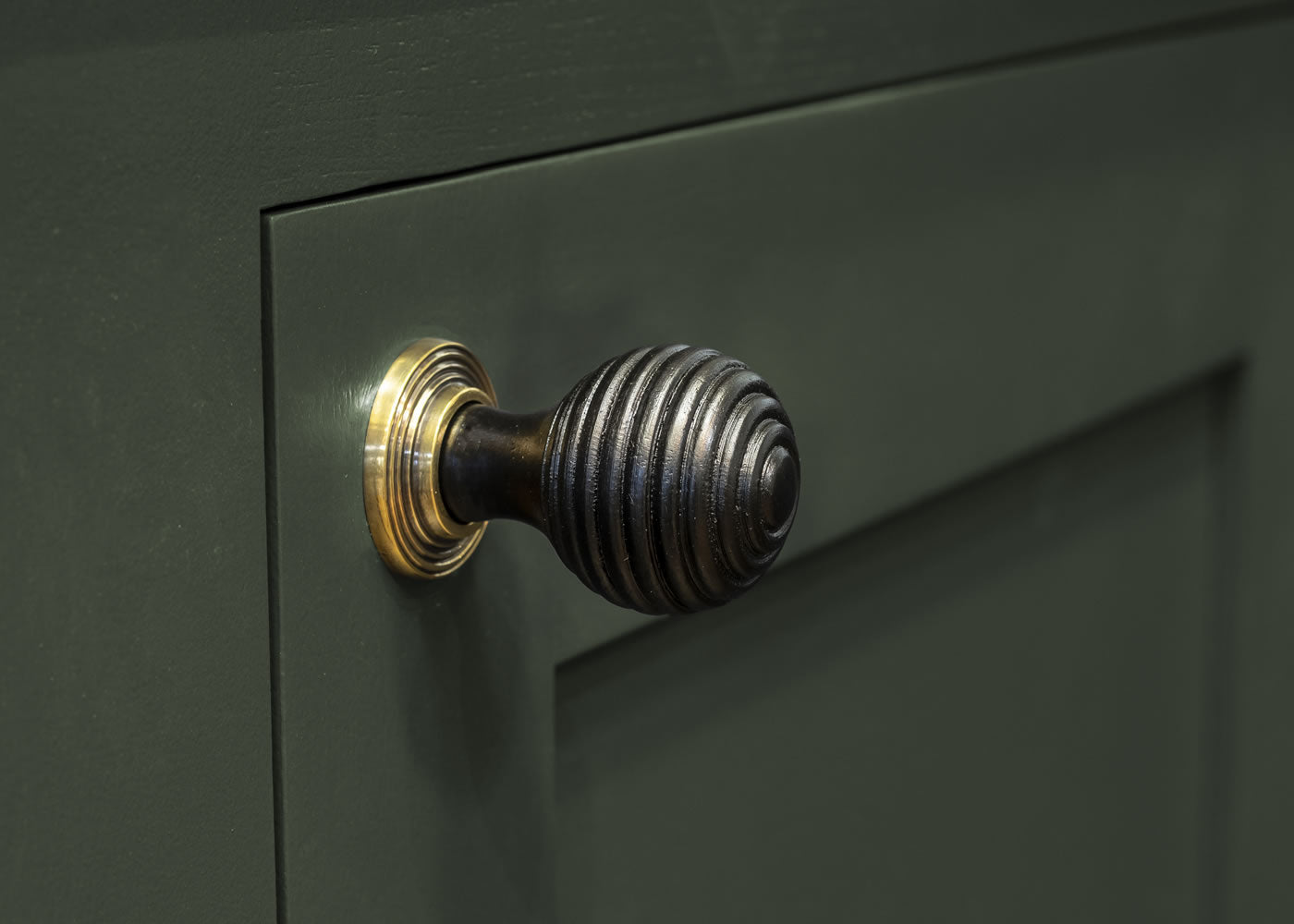 Ebony and AB Beehive Cabinet Knob 35mm