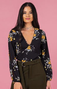 Autumn Split Sleeve Crop (black)