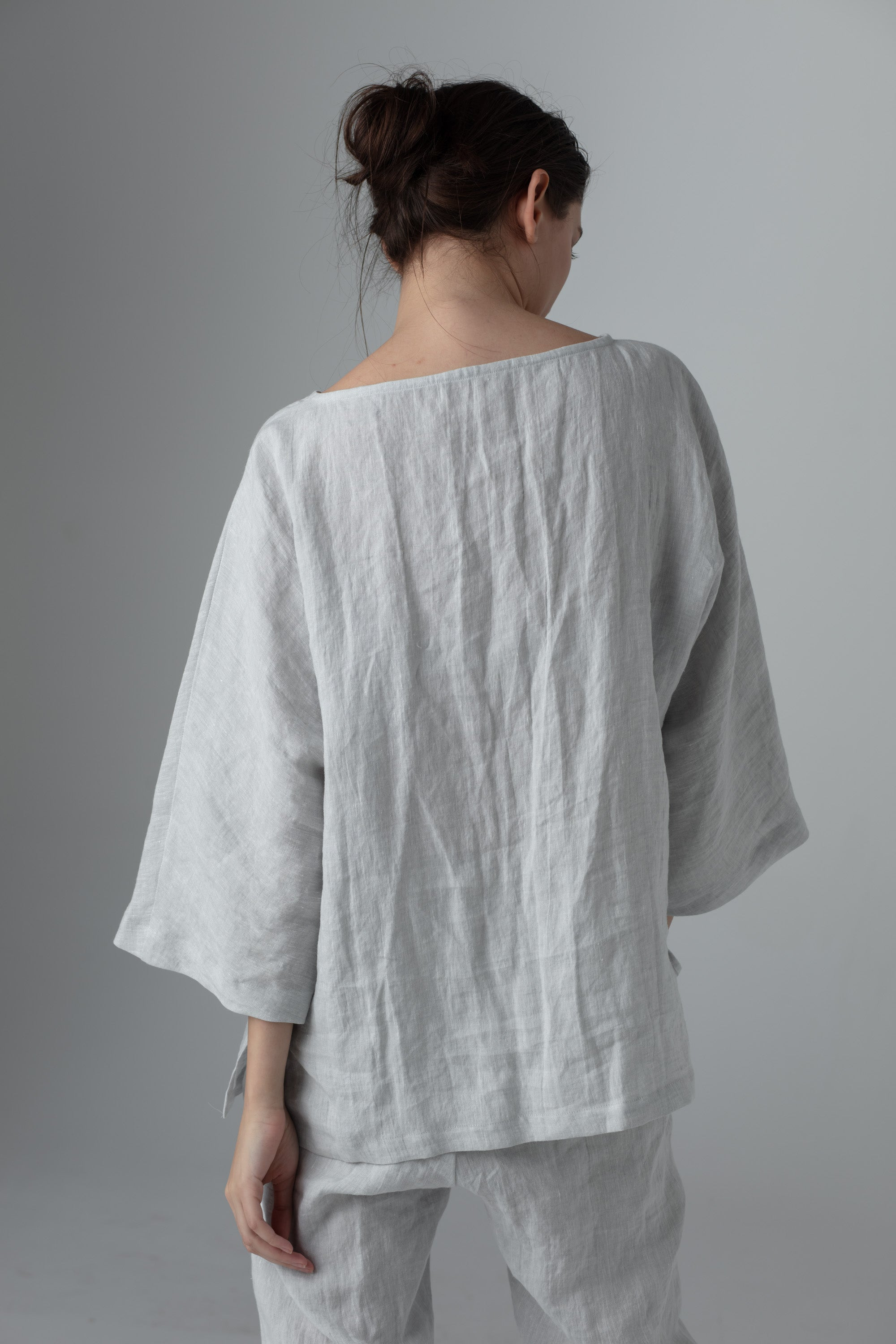 Minimalistic linen clothes for women