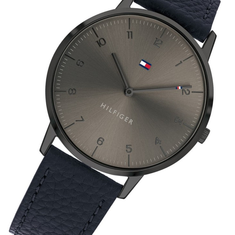 Tommy Hilfiger Classic Navy Leather Men's Watch - 1791583