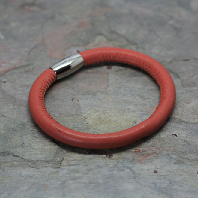 ENDLESS Single Row Leather Bracelets