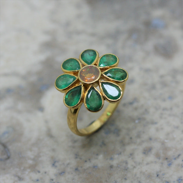 REI 18ct Yellow Gold Emerald & Opal Flower Ring