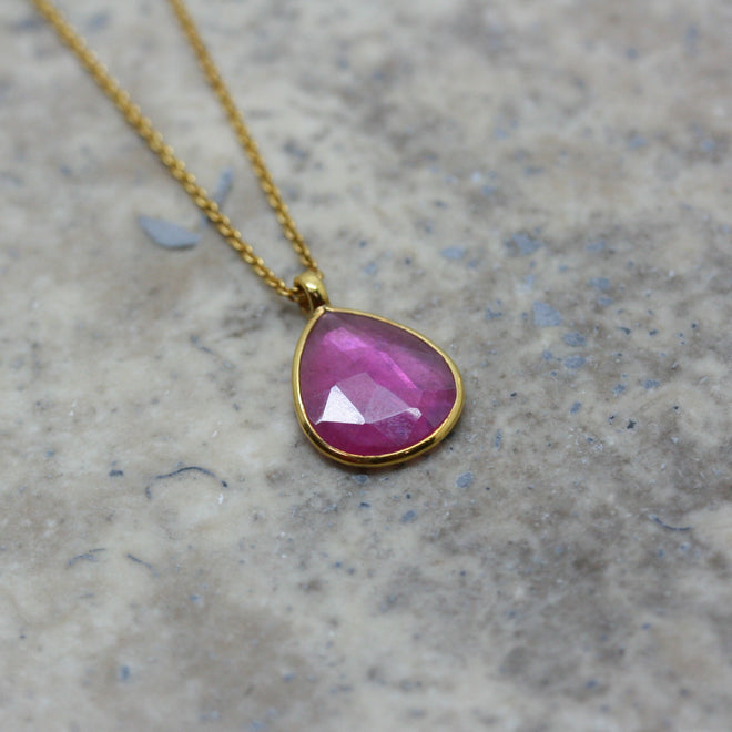 REI 18ct Yellow Gold & Ruby 'Pear Drop' Pendant