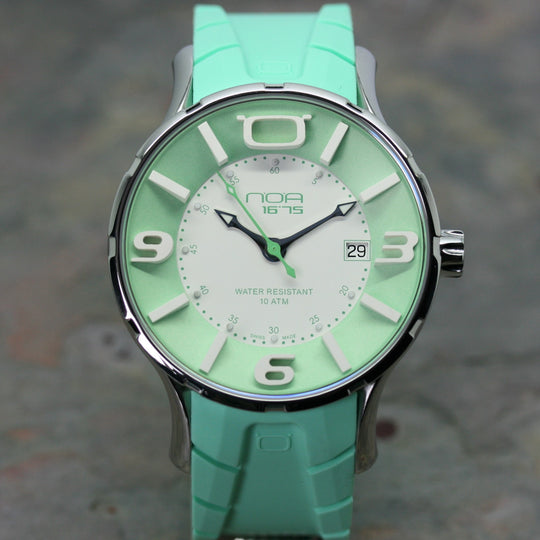 NOA Green Wristwatch with rubber strap