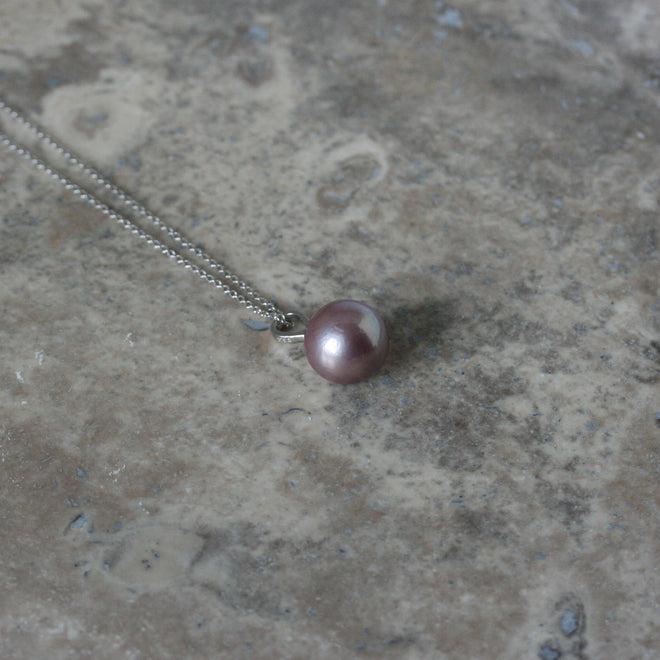 RAW 9ct White Gold & Lilac Freshwater Pearl Pendant