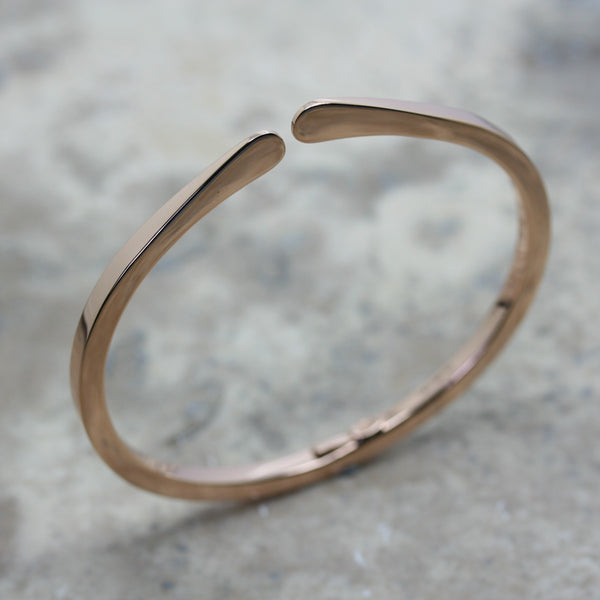 S & CO 18ct Gold 'Torque' Bangle