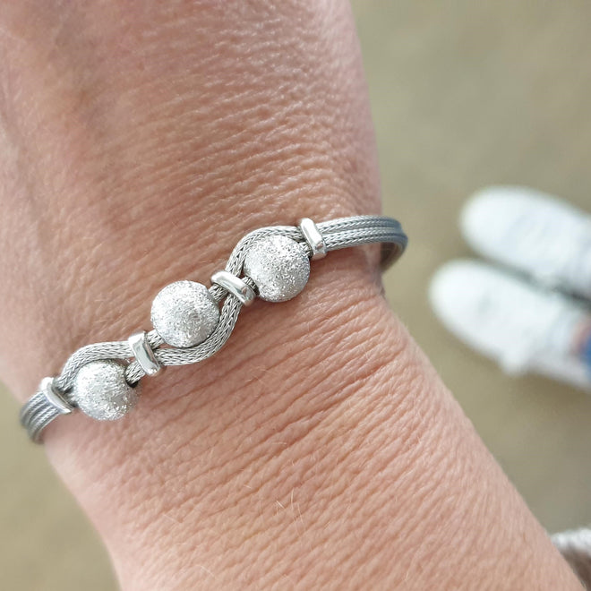 SAN Silver Foxtail Chain Bracelet with Three Interwoven Beads