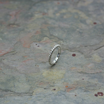 O F Design 'Twist' Ring