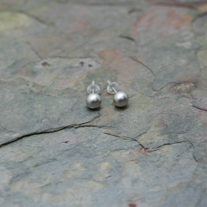 SAN Pearl or Silver Earstuds with Attachable Chain Embellishments