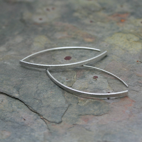 SAN Silver 'Architectural' Threader Earrings