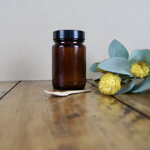 125ml Amber Glass Jar with Black Lid and Timber Spoon