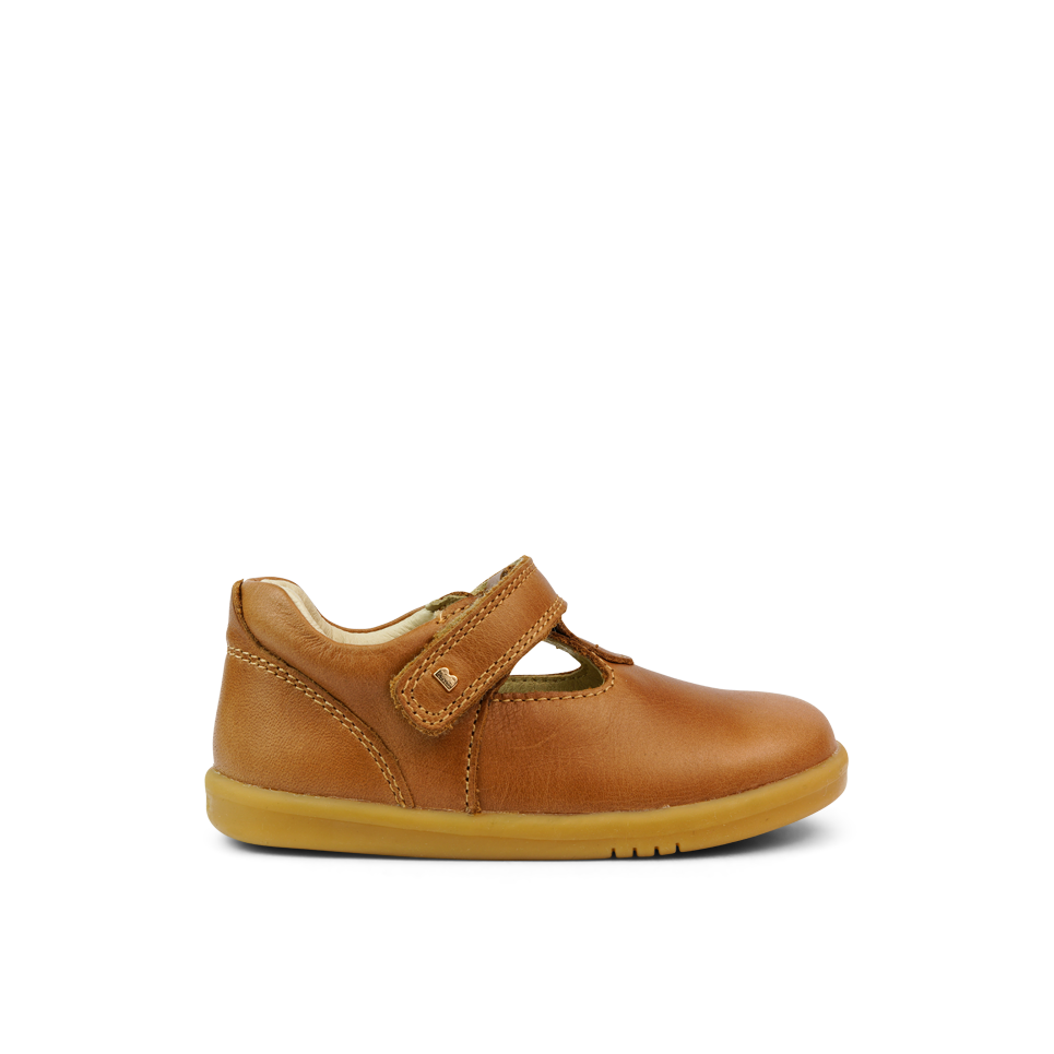 Bobux I Walk Caramel T-bar Shoe. Cooshoo kids shoes.