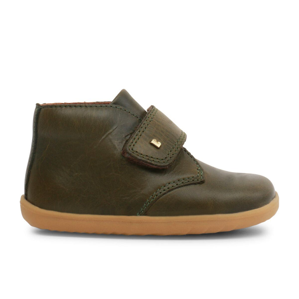 Profile of Bobux Step Up Olive Green Barefoot Kids Desert Boot. From Cooshoo fitted childrens shoes.