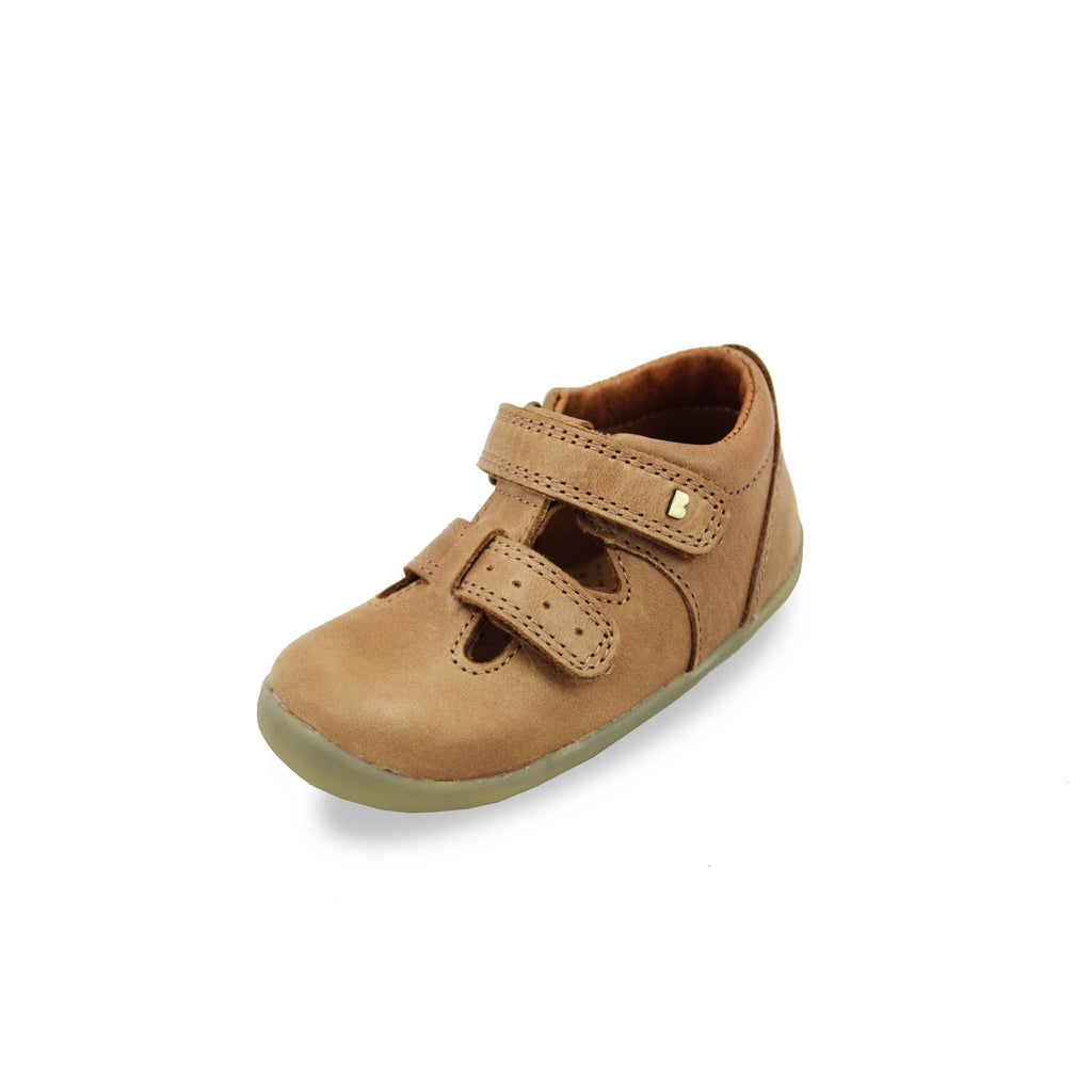 Bobux Step Up Jack and Jill Caramel Shoes. Cooshoo kids shoes.