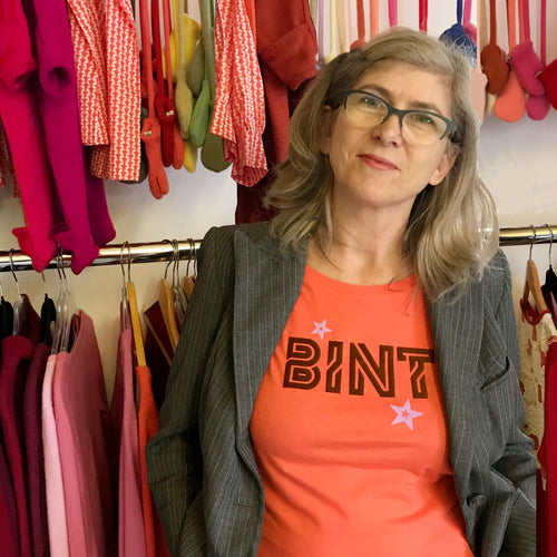 Bint slogan ladies t shirt for outstanding old women