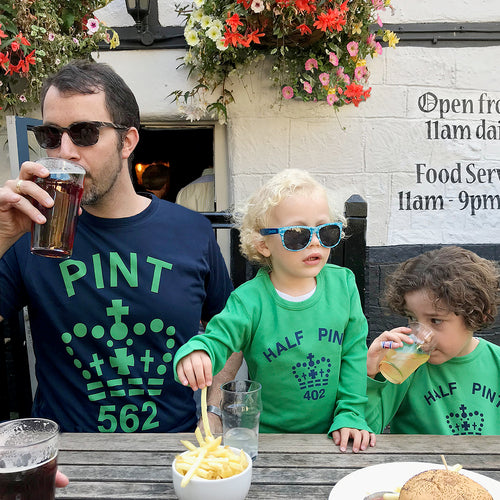 Pint & Half Pint twinning tshirt set for dad and child (navy / green)