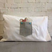 keep me close - secret pocket pillowcase