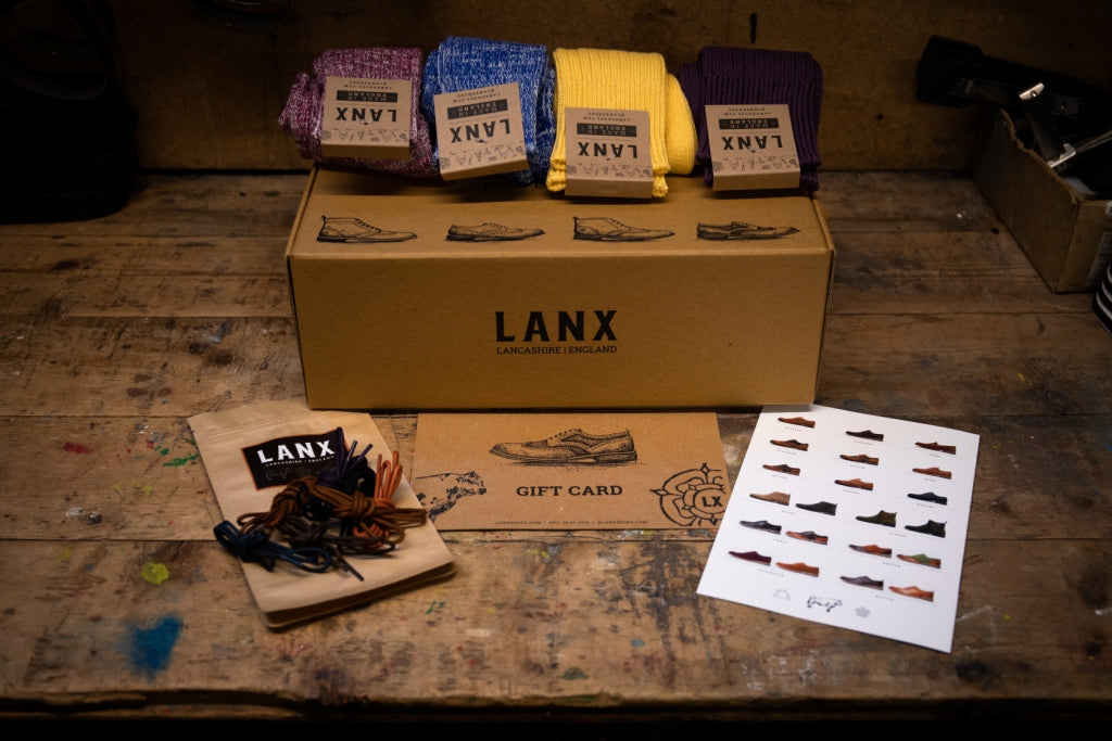 PROPER GIFT BOX (SOCKS + LACES + GIFT CARD )-Gift Card | LANX Proper Men's Shoes
