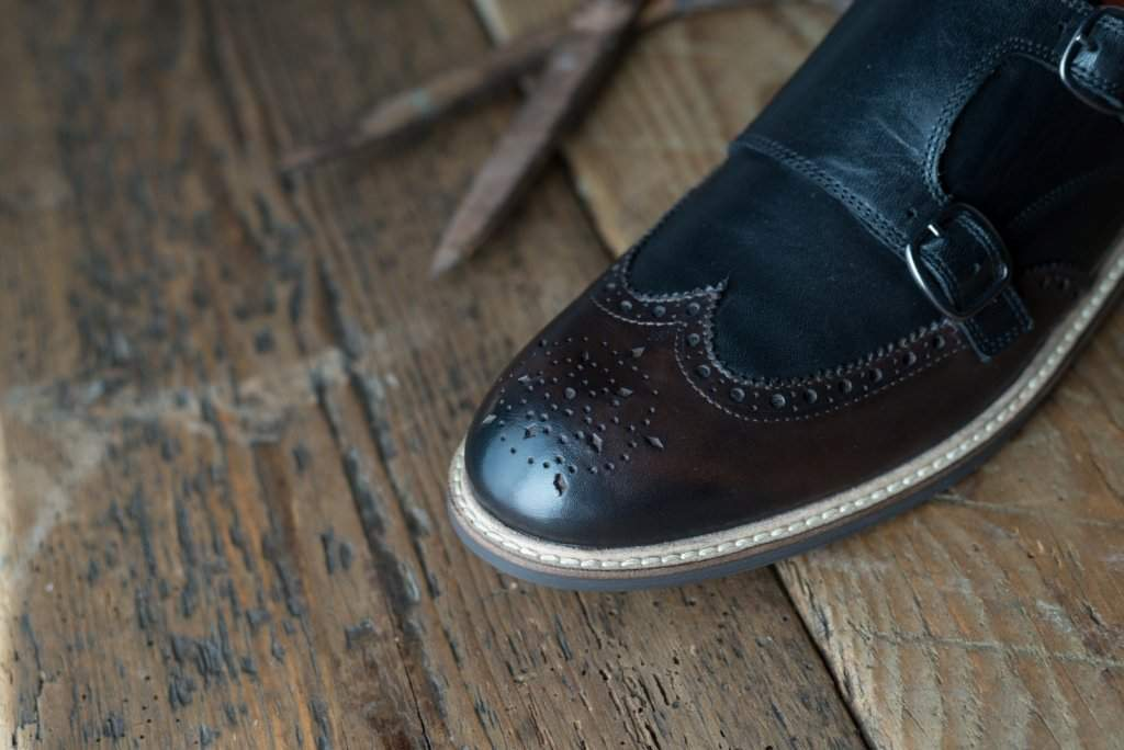 FINNEY // BLACK + BROWN (MEN'S)-MEN'S SHOE | LANX Proper Men's Shoes