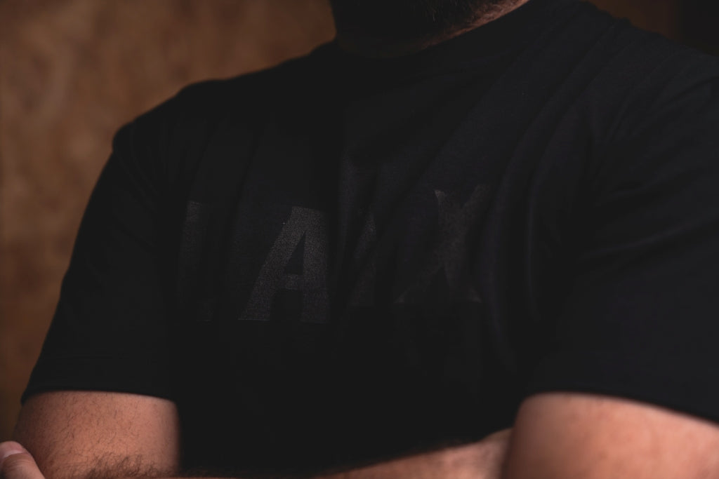 T-SHIRT NO.4 // BLACK-Men's Clothing | LANX Proper Men's Shoes