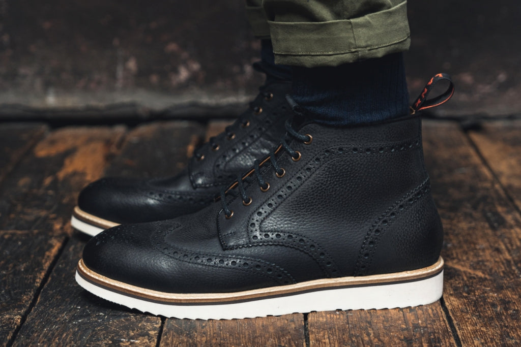NEWTON // BLACK-MEN'S SHOE | LANX Proper Men's Shoes