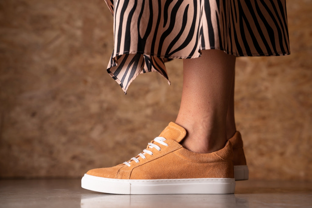 NESS / PEACH-Womens Sneakers | LANX Proper Men's Shoes