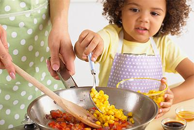 How to teach your children about the importance of food safety