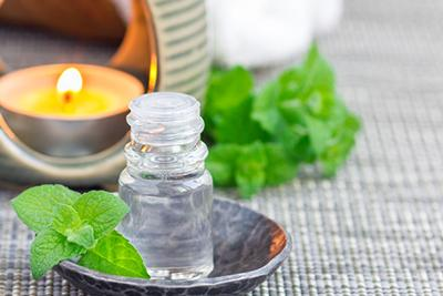 Cool & Calm: The Top 10 Uses for Peppermint Oil