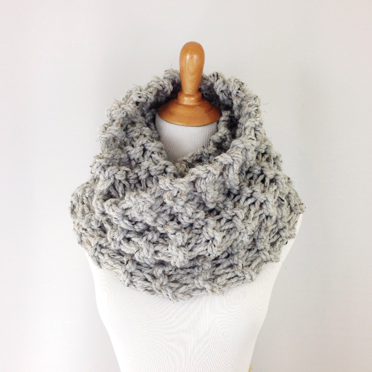 Knitting Pattern Chunky Cowl Knit Infinity Scarf Loop ...