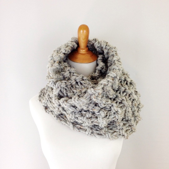 Knitting Pattern Chunky Cowl Knit Infinity Scarf Loop Snood