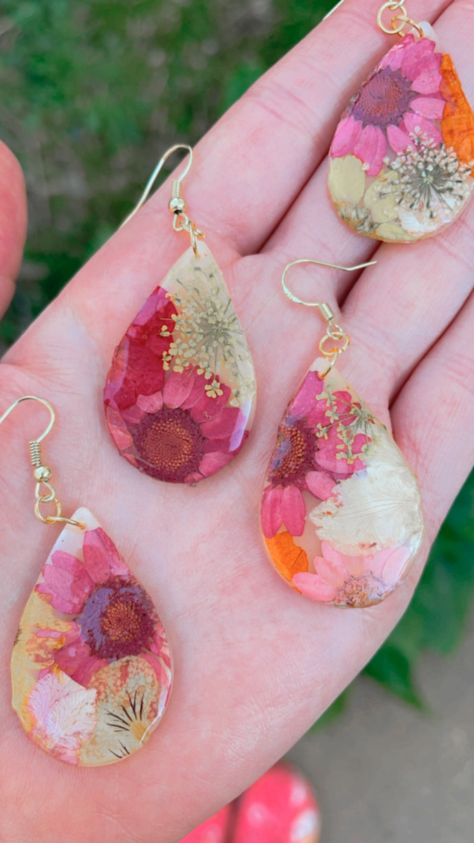 Pressed Floral Teardrop Dangles // Spring Collection