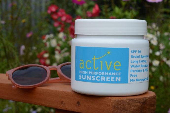Image of 500ml pot of Active Sunscreen