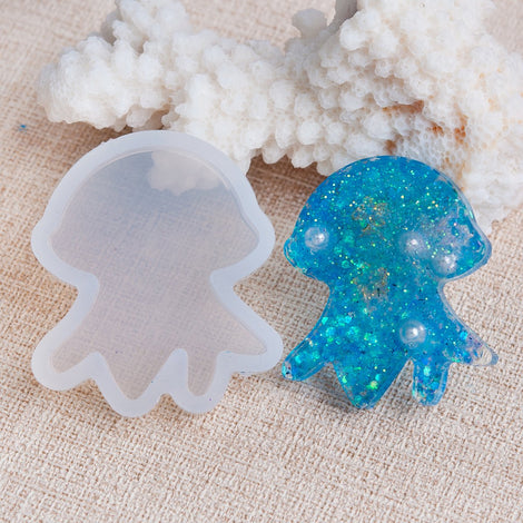 "JELLYFISH RESIN MOLD, Silicone Mold to make shape 1-1/4"" long, cabochons, beach charms, jellyfish pendants, reusable, tol0836"